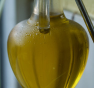 Thumb_olive_oil_by_smabs sputzer