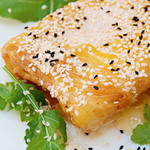 Small_feta-cheese-with-sesame-&-honey
