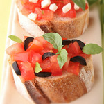 Small_greek-style-bruschetta